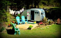 1962 Scotty Sportsman..*Beach theme* How about this for playhouse/summerhouse at the bottom of the garden?