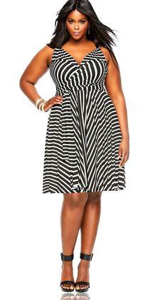 MONIF C., $195   - Cosmopolitan.com   Summer in the city look #style Easy Breezy!