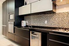 Pastilhas de Vidro, aluminio - Construindo Minha Casa Clean: O que usar na Parede da Cozinha? Veja 10 Tipos de Revestimentos!