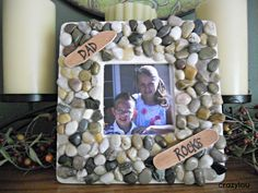Dad Rocks Picture Frame--all items were purchased for a dollar each! So inexpensive! have to make this for josh Dad Rocks, River Rocks, Diy Father's Day Gifts For Grandpa, Craft Gifts, Diy Gifts, Father's Day Activities, Rock And Pebbles, Father's Day Diy, Dad Day