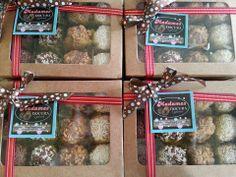 Brigadeiros Gourmet - Caixa com 12 unidades Lembrança de Natal