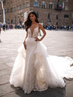 Meet this world class gown! Isn't she daring in her textured striking design. The detachable skirt is stylish and creates two looks! Bridal Gowns, Wedding Gowns, Wedding Day, Stunning Wedding Dresses, Wedding Planner, Bridesmaid Dresses, Skirt, Train, Plunging Neckline