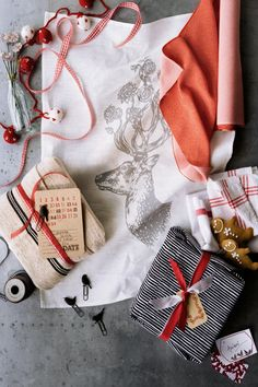 Wrapping Inspiration - Linens, towels and labels