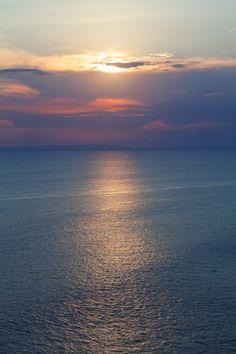 Sunset -  اللّهُـمَّ بِكَ أَصْـبَحْنا وَبِكَ أَمْسَـينا ، وَبِكَ نَحْـيا وَبِكَ نَمُـوتُ وَإِلَـيْكَ النُّـشُور.