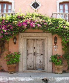 Lovely entrance - why do we love old doors?.......