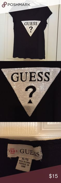 GUESS tshirt. Like new!! Wore only about 3 times GUESS tshirt. Like new!! Wore only about 3 times... Guess Tops Tees - Short Sleeve