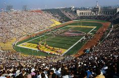 Super Bowl I. gem in the Grand History of the Greatest Game in the world! Super Bowl I, Super Bowl Sunday, Football Pictures, Championship Game, Green Bay Packers, Baseball Field, City Photo, Cool Photos, Nfl