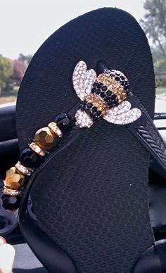 BUSY BEE!  By Flipinista, Your BFF  Registered Trademark <3