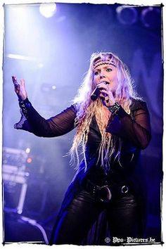Interview : Keely Larreina - Nightqueen - Femme Metal Webzine