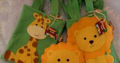sacola surpresa safari, tema safari feltro, festa safari, lembrancinha safari, festa safari feltro,saquinho safari aniversário floresta sacolinha,Sacolinha surpresa - Festa Safari,surprise safari bag, safari theme felt, safari party, safari souvenir, felt safari party, birthday forest safari sling bag, sling surprise - Party Safari