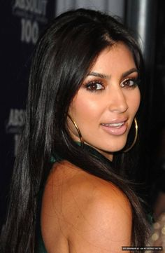 The Silky Straight full lace wigs are made of indian remy hair, our customers wear the Silky Straight full lace wigs,they give us more good Kim Kardashian, Kim Khloe Kourtney, Kardashian Beauty, Young Kim, Brunette Hair, Lace Wigs, Long Hair Styles, Jenners, Face Treatment
