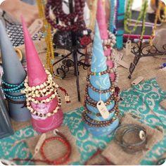 DIY Bracelet Display Cones | Artision