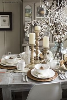 The perfect fall tablescape, embellished with our seasonal tableware.