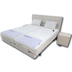 Egyedi stílusú különleges ágy. Bed, Furniture, Home Decor, Decoration Home, Stream Bed, Room Decor, Home Furnishings, Beds, Home Interior Design