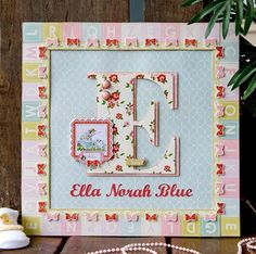 tableau chambre bébé décoratif avec lettre initiale