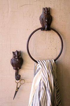 owl towel holder-rust