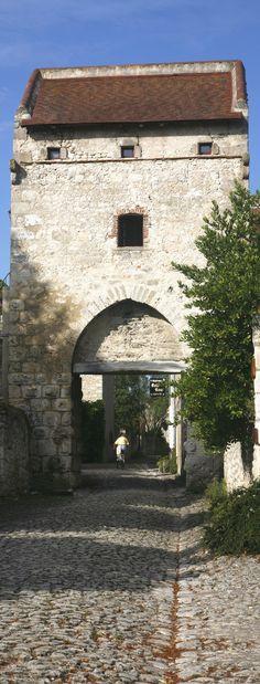 Le village de Charroux, près de Vichy
