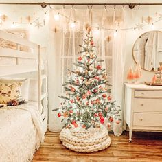"Caroline Bivens on Instagram: ""My girls room💕💕💕 These gorgeous snowflakes are from @themintedvintage they are PERFECT!!!! I'll be sharing more in my stories this…"""