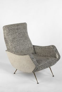 Lounge Chair | Mid Century Modern for living room decor ideas. See also: http://www.brabbu.com/en/inspiration-and-ideas/