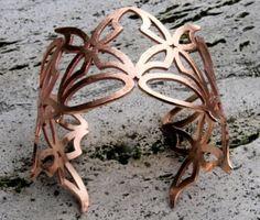 Butterfly bracelet realized in bronze. www.lemetissage.it