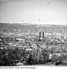 Dresden - Panoramen: Fichteturm; Collenbuschstraße (1971); Waldschlößchen (1971); vom Bismarkturm (1971); Bergstraße mit Blüten (1971); Zentrum über TU (1971.05); vom TU Institut für Landtechnik (1972.06); Blick vom Pieschner Hafen (1972.07)