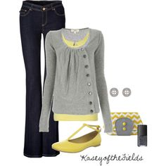 This grey sweater is adorable! And the yellow accent is lovely.