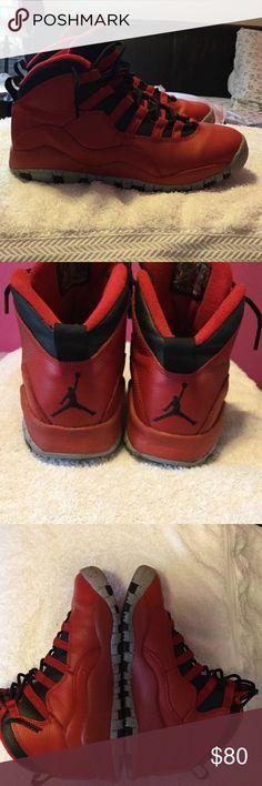 Jordan's Selling a pair of fairly new Jordan's Air Jordan Shoes Athletic Shoes