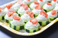 These fresh Dilly Cucumber Bites make a great healthy appetizer. Cucumber slices are topped with a fresh dill cream cheese and yogurt mixture, and finished with a juicy cherry tomato. Parties and g… (cucumber bites recipe) Light Appetizers, Healthy Appetizers, Appetizer Recipes, Healthy Snacks, Healthy Eating, Healthy Recipes, Tomato Appetizers, Mexican Appetizers, Appetizer Ideas