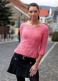 Ravelry: Pullover with Ruffles pattern by Vladimira Cmorej