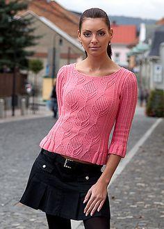 Ravelry: Pullover with Ruffles pattern by Vladimira Cmorej