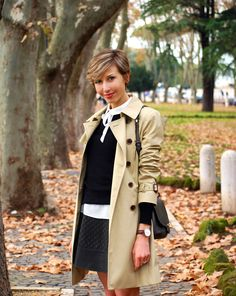 pictures source at www.coffeeblooms.com http://www.coffeeblooms.com/coffeeblooms/2014/12/black-beige-trench-leather/  #leather #black #winter    #fashion #style #look #outfit #closet #wear #dressup #fashionable #chic #streetstyle #style