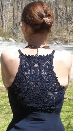 Stunning Navy Gown with Lace Back Size Small Free Shipping Price:US $17.99