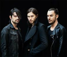 30 seconds to mars , Tomo Milicevic , Jared Leto , Shannon Leto .