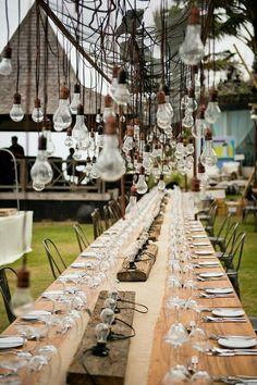 W BLASKU LAMP. Na co się nadaje? Na niezwykły wieczór w ogrodzie, letnie przyjęcie, spotkanie biznesowe w stylu balijskim.