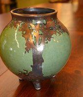 Oval Hog Hill Luster Green Vase