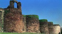 Muralla romana de Lugo (España), con más de dos kilómetros de longitud y dos mil años de antigüedad.