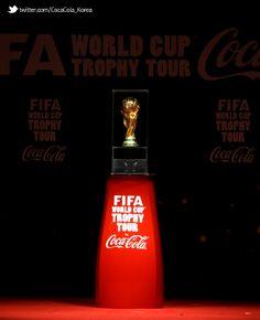 [Coke Code 339] FIFA 월드컵 트로피 투어는 코카-콜라만의 프로그램이랍니다^^ 9개월 동안 90개국, 무려 약15만km! 지구 세바퀴 거리를 거쳐 방한한 월드컵 진품트로피! 언젠가 다시 만날 날이 있겠죠?