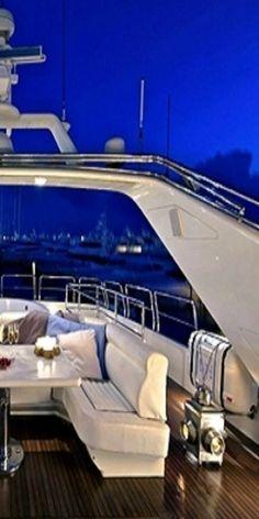~*020*~ Luxury Yacht