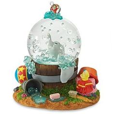 Dumbo bubblebath musical snowglobe from Fantasies Come True
