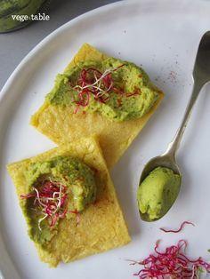 Polenta Sottile con Hummus di Ceci e Rucola