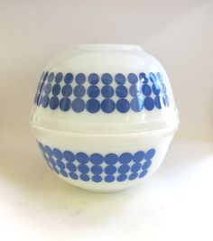 Pyrex New Dots Blue 2 QT Polka Dot Mixing Bowls 403