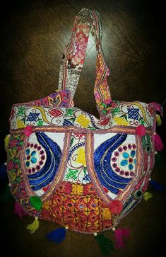 Check out this item in my Etsy shop https://www.etsy.com/listing/527384101/vintage-multi-materials-handmade-india