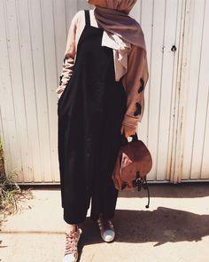54 Trendy Ideas For Hijab Fashion Logo Hijab Fashion Summer, Modern Hijab Fashion, Street Hijab Fashion, Muslim Fashion, Korean Fashion, Fashion Outfits, Hijab Casual, Hijab Chic, Hijab Elegante
