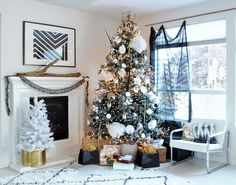 The Design Confidential Oh Christmas Tree + DIY Tree Flocking Without The Mess