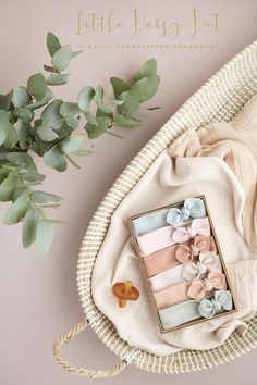 100% Organic Stretch Cotton Knotted Baby Headbands - Elastic Free - Guaranteed to be the comfiest headband your baby will ever wear. Designed & handcrafted exclusively by us in the UK. Worldwide Shipping. Preemie to Toddler. Ready to give in our Signature