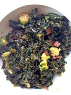 Sauteed Kale and Brussels Sprouts with Bacon: perfect #Thanksgiving #side dish