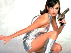 Vanessa Kensington (Elizabeth Hurley) stars alongside Austin Powers, International Man of Mystery. Elizabeth Hurley, Austin Powers Girls, Spy Girl, Non Blondes, Celebrity Wallpapers, Power Girl, Skin Tight, Catsuit, Hampshire