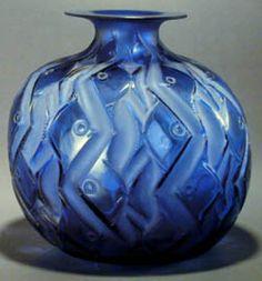 'Penthièvre' vase - Lalique