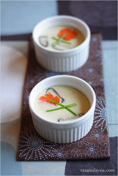 Chawanmushi Recipe (Japanese Steamed Egg Custard/茶碗蒸し) | Easy Recipes at RasaMalaysia.com