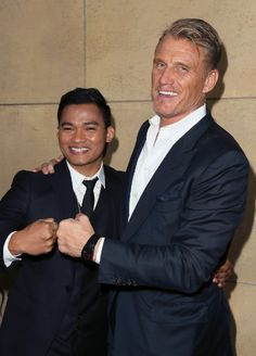 Dolph Lundgren and Tony Jaa at event of Skin Trade Attractive Male Actors, Skin Trade, Tony Jaa, Male Drawing, Dolph Lundgren, Art Of Fighting, Eastern Star, The Expendables, Martial Artist
